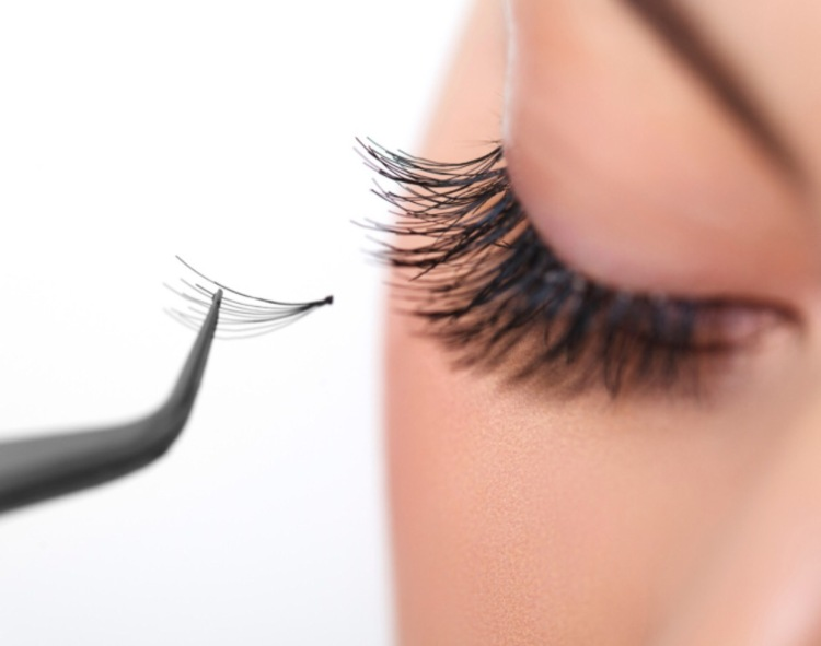 Diy eyelash extensions ashley angelina diy eyelash extensions solutioingenieria Images